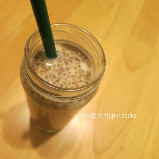 Healthy Bubble Tea with Chia Pearls.  I love bubble tea so much I have to give this a try!