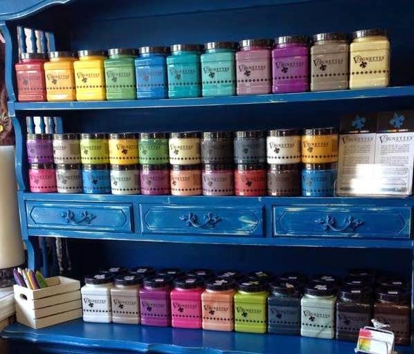 Made to Create: Chalk Paint, Wax and Distressing Furniture :)