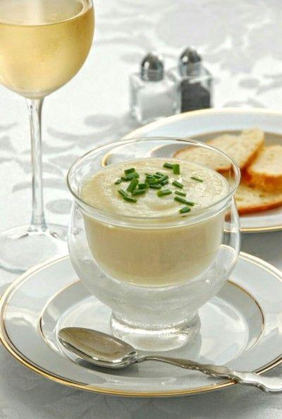 Hemos seleccionado para ti las recetas de sopas frías que más nos gustan para las noches verano.