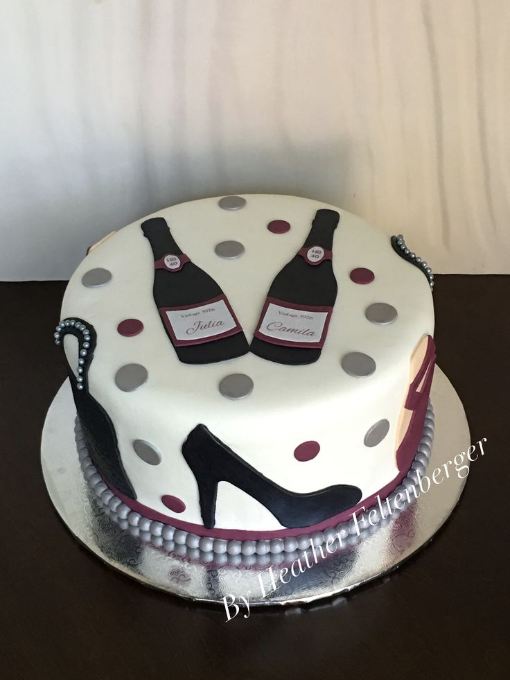 Cake Ideas For Womans Birthday : Best 20+ Birthday cakes women ideas on Pinterest 18th ...