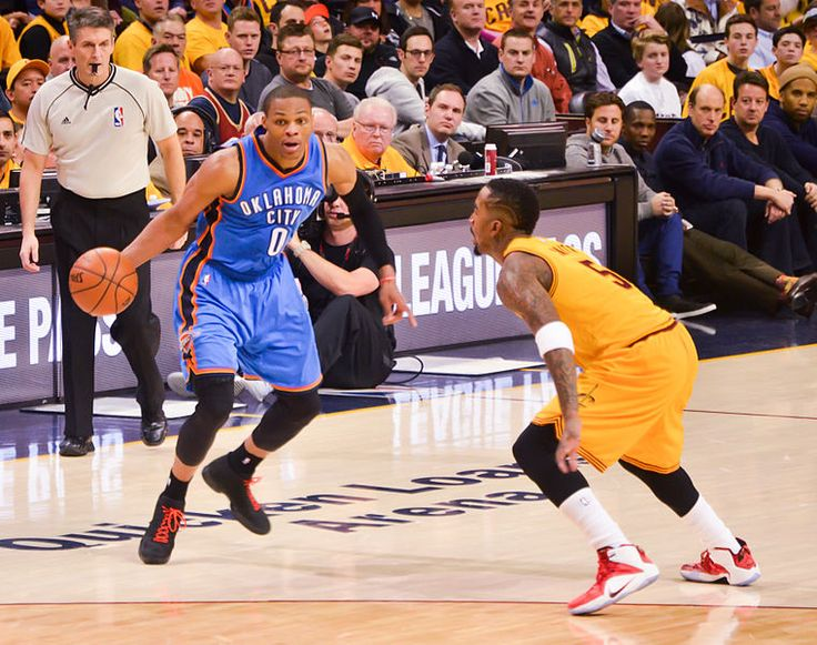 Lakers News: Russell Westbrook not too keen signing with Los Angeles in free agency - http://www.sportsrageous.com/featured/lakers-news-russell-westbrook-not-too-keen-signing-with-los-angeles-in-free-agency/7661/