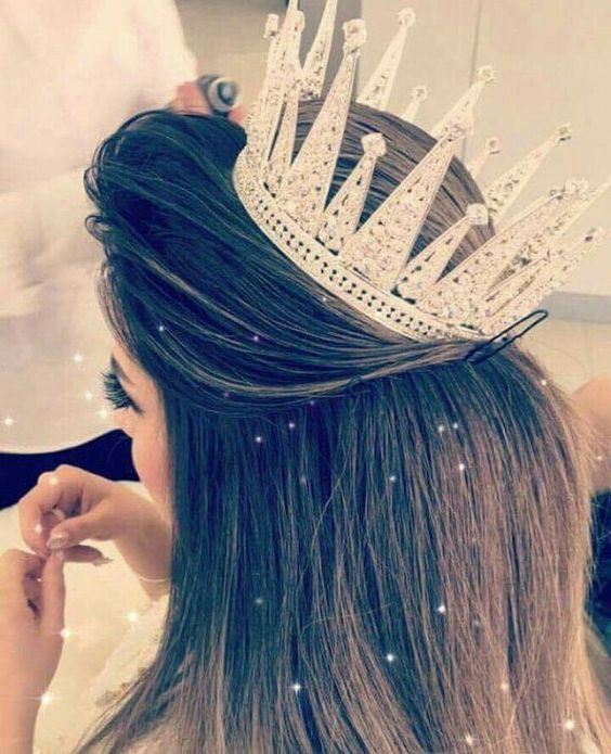Pin By روفان Tv On 32 Queens Crowns Cute Girl Face Stylish Girls Photos Hair Jewelry
