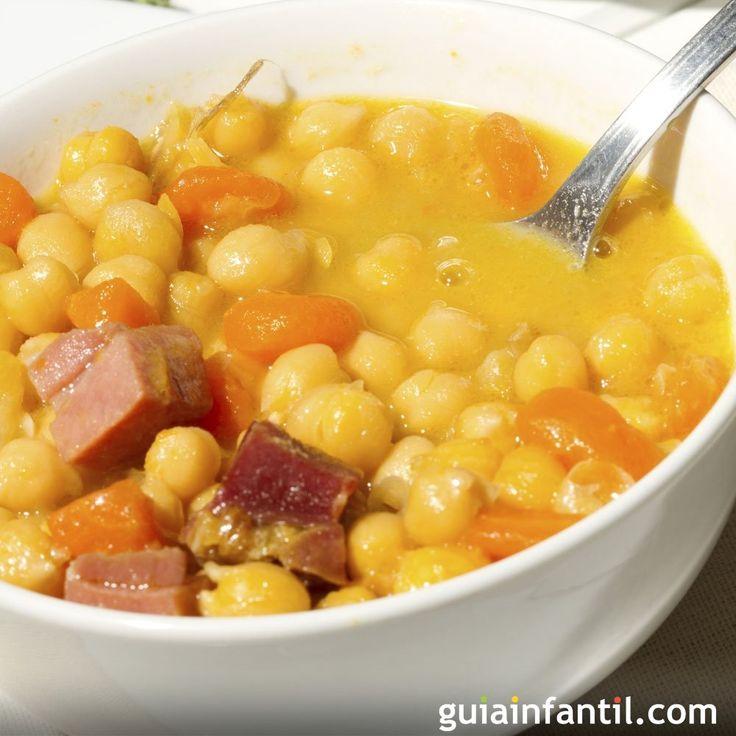 Receta de potaje de garbanzos con verduras y jamón. Guiso sencillo de garbanzos con zanahorias y jamón. receta fácil de potaje de garbanzos con zanahorias y jamón.