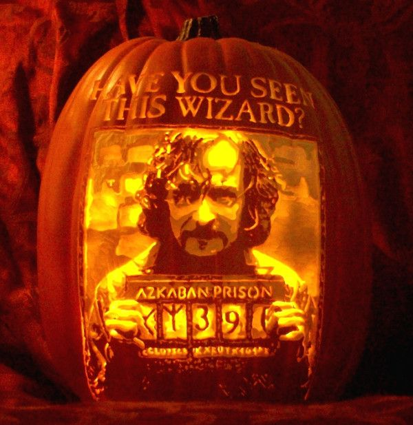 #HarryPotter pumpkin carve of Sirius Black's wanted poster done for WhimsicAlley by The Pumpkin Geek. Holy cow! www.thepumpkingeek.com