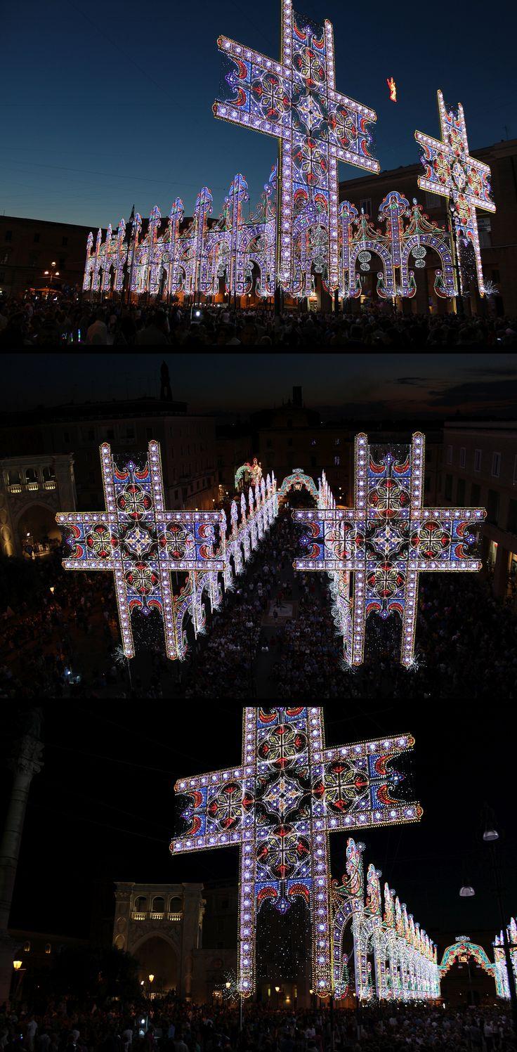 Lecce luminarie per la festa di sant 39 oronzo italy for Luminarie puglia