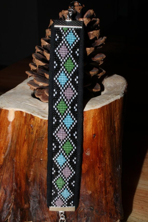 Custom Diamond Pattern Loom Beaded Bracelet by BelgianHillBeadwork