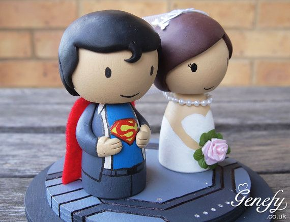 @Theresa Diep Cute superhero wedding cake topper Bride and by GenefyPlaygroundToppers Brides, Wedding Cake Toppers, Super Heros, Superman Cake Toppers, Des Super Héros, Super Heroes Wedding., Wedding Cakes, Superhero Wedding Cake, Green Eye