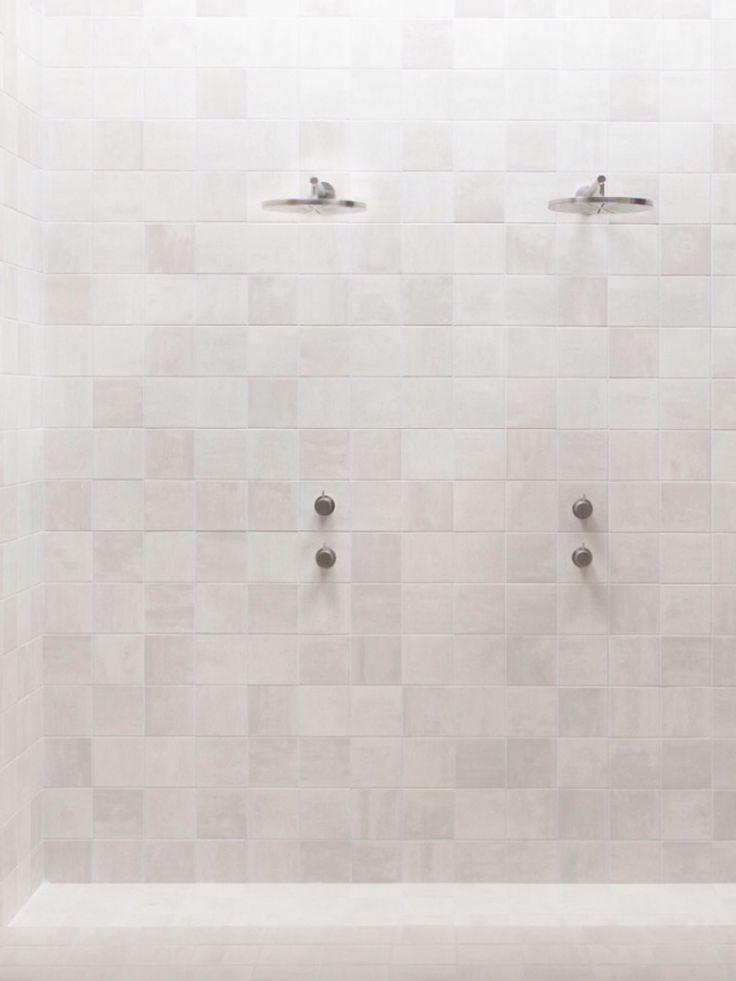 17 migliori idee su piastrelle bianche su pinterest for Piastrelle bagno bianche lucide