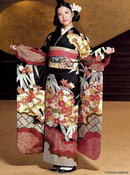 Japanese actress Yuriko Yoshitaka in silk furisode (long-sleeved kimono) and obi (sash).