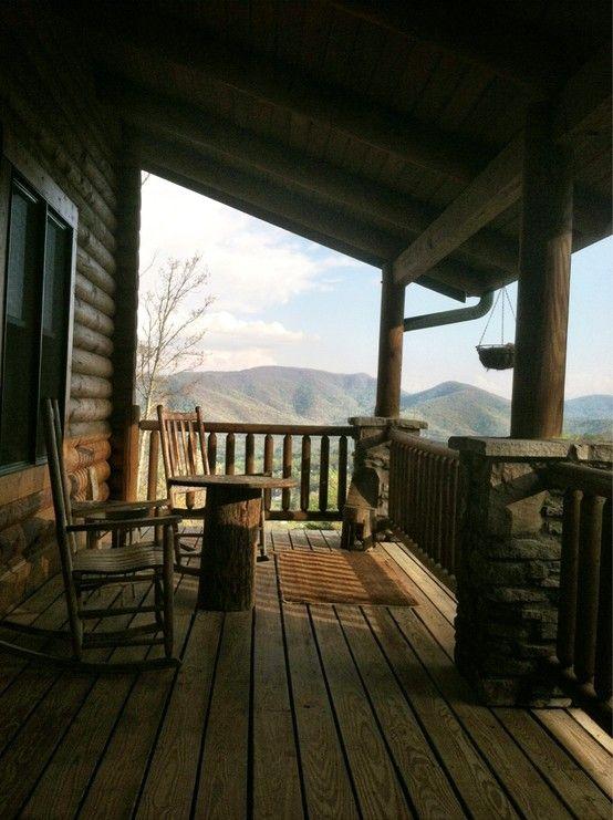 fuckyeahchristyskimmyhorn: Cabin in Asheville, Carolina del Nord