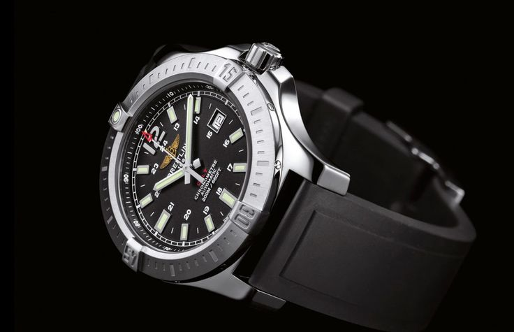 Breitling Colt Automatic 2014 | black dial http://www.timeandwatches.com/2014/08/breitling-colt-automatic-2014.html