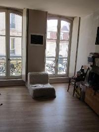 Fabulous f etage er adresse rue battant code postal with for Code postal salon