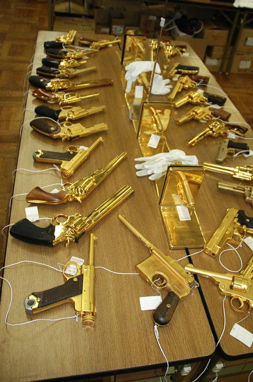 golden guns  www.creativeboysclub.com