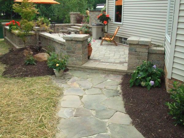 Walkway paver inlay walkway paver walkway to patio split for Natural stone walkways