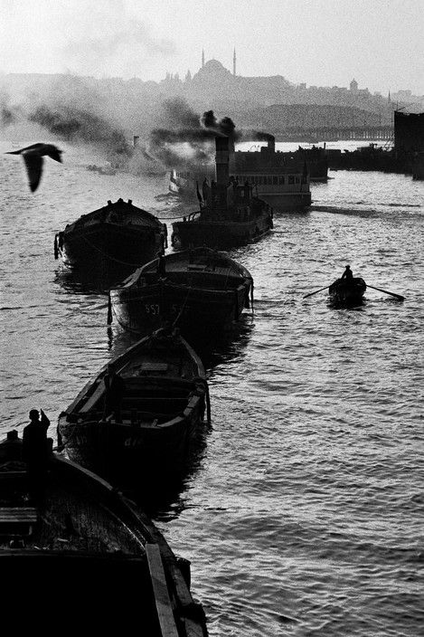 Ara Guler TURKEY. 1958. Barges and ferry-boats in the Golden-Horn.
