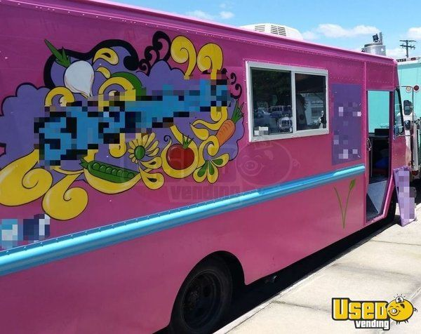 Pin On Pink Food Trucks Trailers For Sale