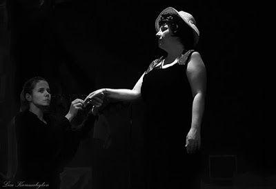 skepseis & photos: DemonStraitor - Προτεινόμενη Θεατρική Παράσταση