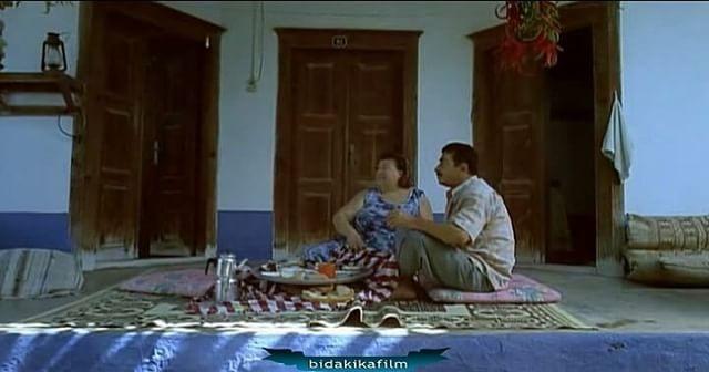Dondurmam Gaymak #turanözdemir #gülnihaldemir #sinema #sinemafilmi #yerli #türk #turk #film #oyuncu #kisafilm #sahne #vine #vinevideo #komik #mizah #mizahi #tebessüm #komikaze #güldürü #türksinemasi #insta #filmkeyfi #filmler #dram #yaz #dondurma #dondurmamgaymak http://turkrazzi.com/ipost/1516069255400328703/?code=BUKKPSPBw3_