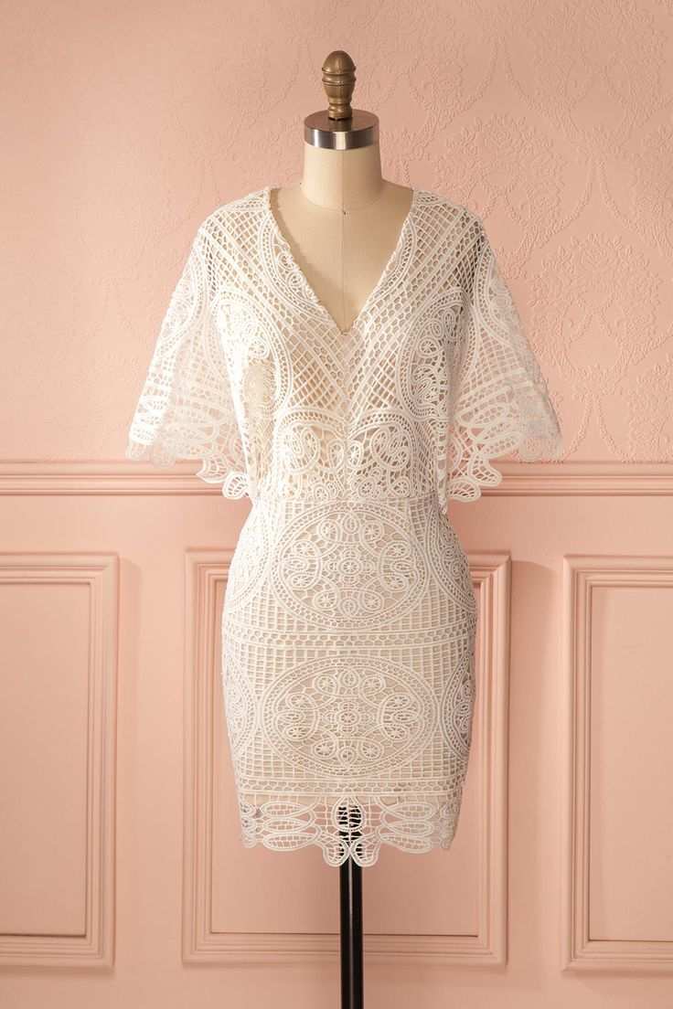Robe ajustée dentelle ivoire manches kimono - Cream lace kimono sleeves fitted dress