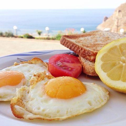 Stekt ägg på grekiskt vis - Mitt kök