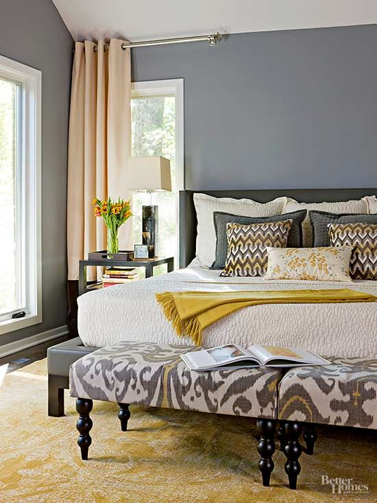 Don't be afraid to use impressive ideas in your small master bedroom.