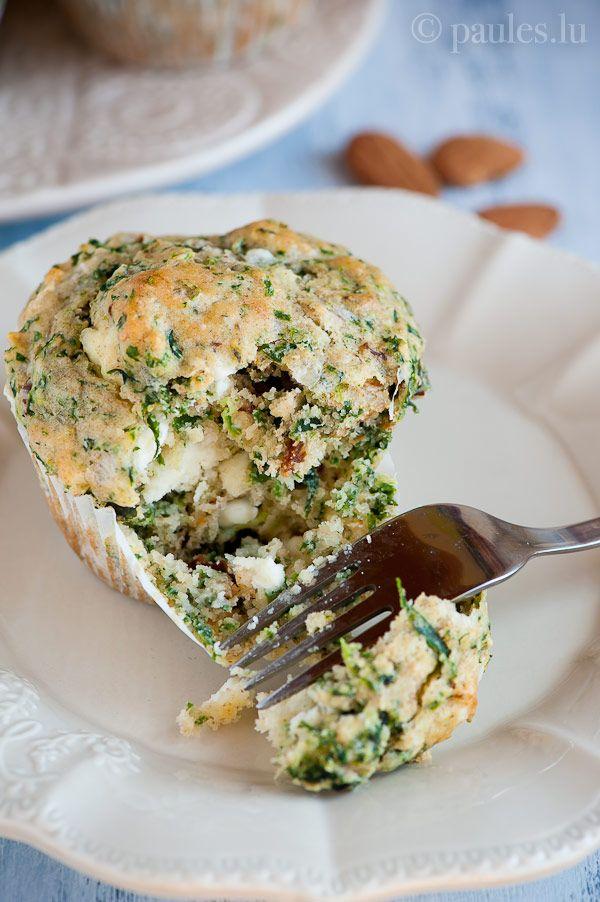 Spinat-Ricotta-Muffins mit Feta und Mandeln