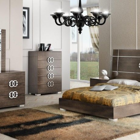 Largest bedroom sets collection get the supreme durability that will last for years and modern sophisticated style with this high quality furniture