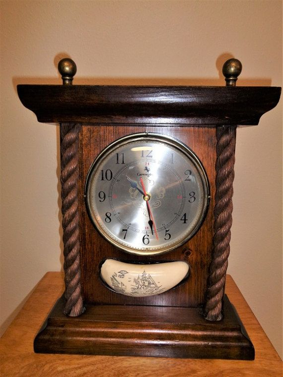 Vintage Carrington Mantel Clock With Scrimshaw Tooth · SegelschiffeZahn Kaminsimse