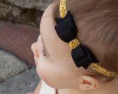 Ähnliche Artikel wie Schwarz und Gold fühlte Bow auf Gold Glitter elastischen Stirnband | Bow Haarband - Baby erwachsen Stirnband auf Etsy
