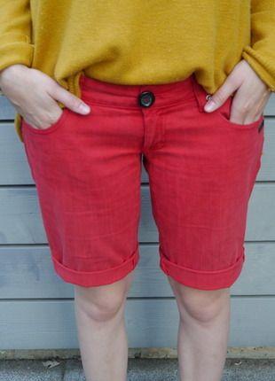 Neue Shorts auf #Kleiderkreisel http://www.kleiderkreisel.de/damenmode/jeans-shorts/135978180-rote-jeanshorts-von-gang-aus-italien
