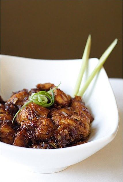 Lemongrass Chicken is one of the more common Vietnamese chicken dishes. Wonderfully light and refreshing, Ga Xao Sa  features many of th...