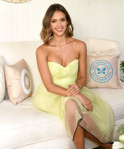 Jessica Alba Wants You To Use Organic Lady Products #refinery29  http://www.refinery29.com/2015/05/86881/jessica-alba-honest-company-organic-feminine-products