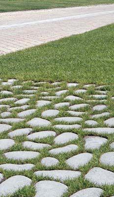 20 fantastiche immagini su pavimenti da esterno e giardino - Pavimentazione giardino autobloccanti ...