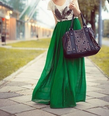"""Skirt Length: 100 cm Lining Length: 99 cm Model Height: 5'5"""" Style: Pleated Material: Chiffon Elastic Waist Band-One Size Fits All Color: Grass Green-Stretches up to 31.5 inches"""