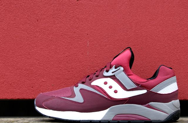 SAUCONY GRID 9000 TRAINERS - BURGUNDY