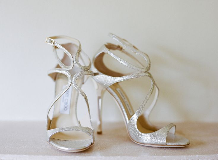 #JimmyChoo #Shoes | See the feature on www.stylemepretty... | Photo: AshleySawtellePho...Fashion Shoes, Jimmychoo Shoes, Wedding Shoes, Couture Bridal, Ashleysawtellephoto Com, Ashley Sawtelle, Bridal Session, Girls Shoes, Bridal Shoes