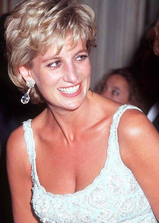 June 19, 1996: Princess Diana attends a charity gala dinner and a fashion show at the French Embassy in Rome, Italy, in aid of the European Cancer Research Centre.