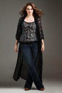 Torrid Denim - Isabella Virtual Stretch Slim Bootleg Jeans (Extra Short) | Extra Short