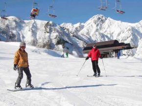 Natural vs. artificial snow: Whats the difference? - Directory - Product | Click Green