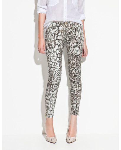 Spodnie z motywem wężowej skórki - Zara