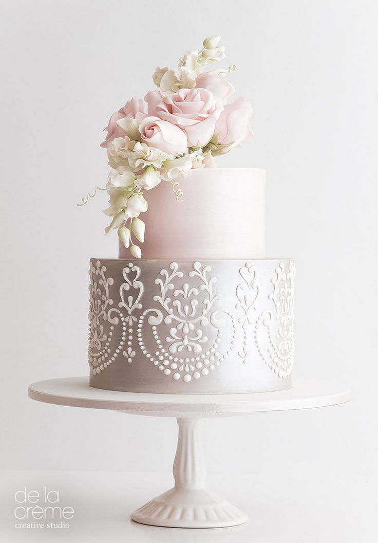 Petite Sweet Pea Wedding Cake