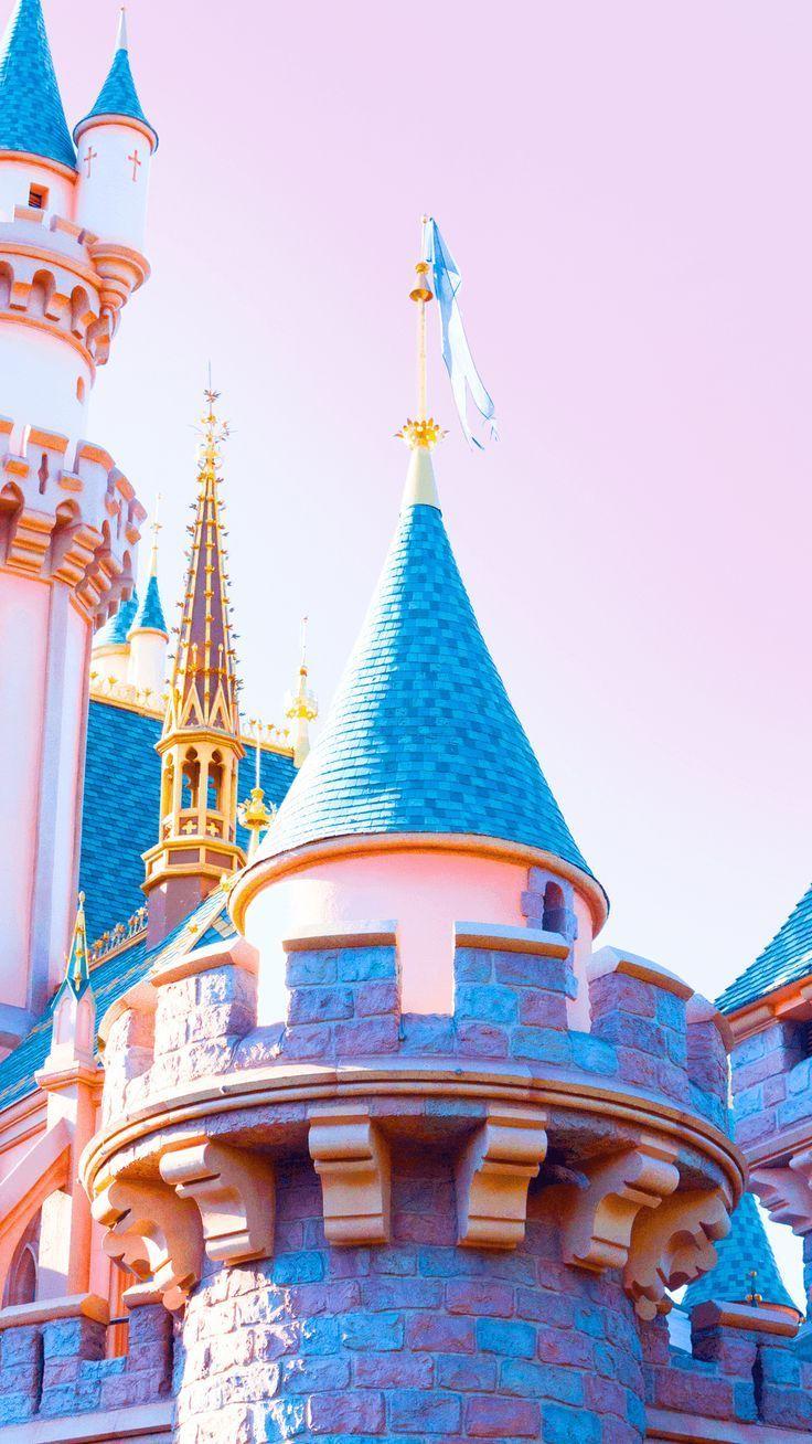 8 Fonds D Ecran Disneyland Mobile In 2020 Disneyland Iphone Wallpaper Wallpaper Iphone Disney Disney Phone Wallpaper