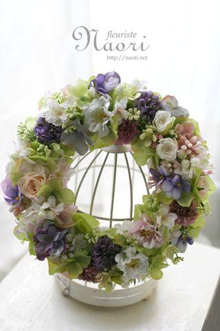 紫陽花とローズ、ビオラのリース