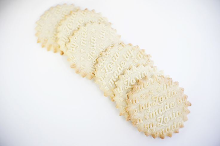 Personalized rolling pin  Made by...pattern by ValekRollingPins, €40.00