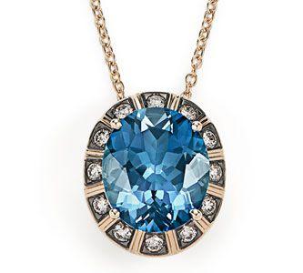 Colar de Ouro Nobre 18K com topázio azul e diamantes cognac - Coleção Central Stone Link:http://www.hstern.com.br/joias/p-produto/PE1TA204941/pendente/maracana/colar-de-ouro-nobre-18k-com-topazio-azul-e-diamantes-cognac---colecao-central-stone