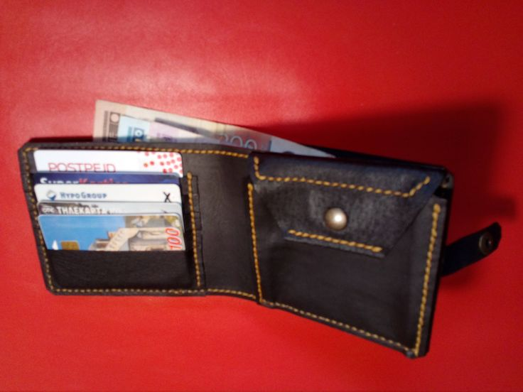 Men's handmade leather wallet with coins pocket, 5 card slots and 2 slots for money with fasteners combined button by Felbableather on Etsy