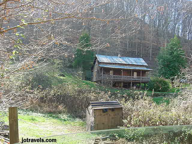 This is a view of Loretta Lynn's house in Butcher Holler Kentucky. This area of Kentucky is famous for it's coal mines, hard working people, astounding poverty, and Loretta Lynn.