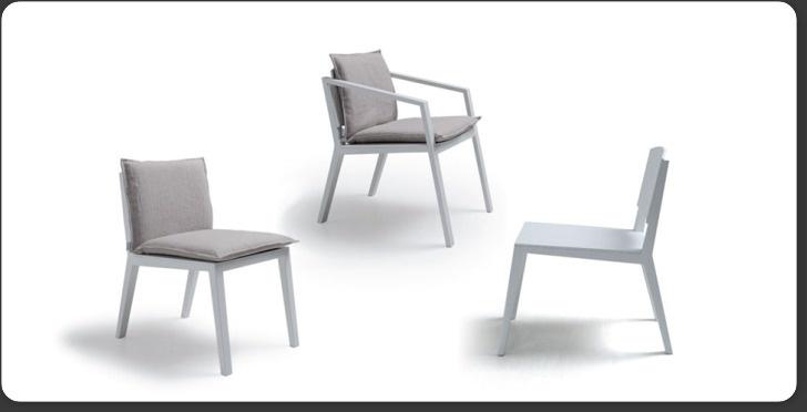 Armaani-tuoli