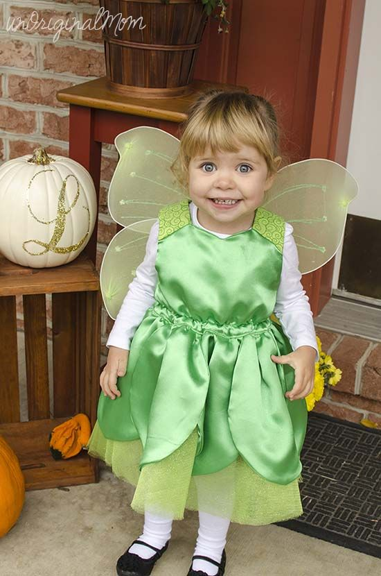 I sewed this DIY toddler Tinkerbell costume for my 2 year old this Halloween - it was the cutest!