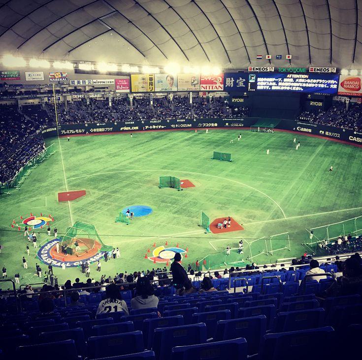 去年のWBCを見に行った時の写真です 侍JAPANも とうとう東京オリンピックに向けて本格的に始動しました  去年のWBCでいい成績を残した選手悔しい思いをした選手WBCに選ばれなかった選手 東京オリンピックではどの選手が代表に選ばれても本気で応援します 前回のWBC二次ラウンドのオランダ戦 ものすごくいい試合を見せてもらえました 国際試合を生で見れて大接戦でとても貴重な時間を過ごせた あんな凄い試合また生で見てみたい  WBCの結果は残念だったけど オリンピックでは金メダルを期待しましょう ただいま強化試合中 今日はテレビで観戦  頑張れ日本 頑張れ侍JAPAN  #日本 #japan #侍ジャパン #日本代表 #オリンピック代表 #野球 #baseball #WBC #オリンピック #東京オリンピック #お祭り #金メダル #野球好き #阪神ファン #頑張れ日本 #頑張れ侍ジャパン #全力で #応援します #ただいま #強化試合 #テレビで #観戦中